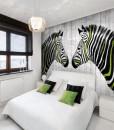Tapeta zebry z  zielonymi paskami