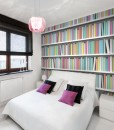 Tapeta kolorowe książki na półkach