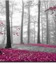 Fototapeta różowe liście w lesie
