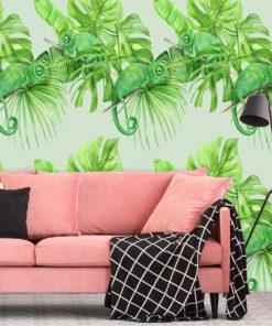 Tapeta z kameleonami na tle tropikalnych liści