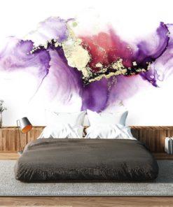 Dekoracyjne plamy w kolorach fioletu na tapecie