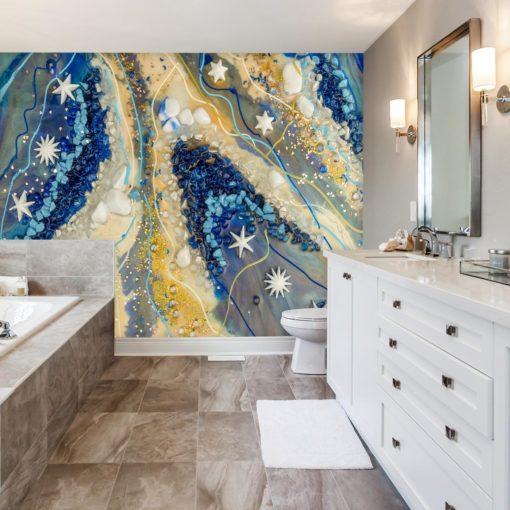 łazienka dekorowana fototapetą z gwardiami na niebie