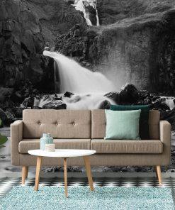Fototapeta z wodospadem między skałami do pokoju