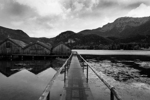 Tapeta z domkami na jeziorze