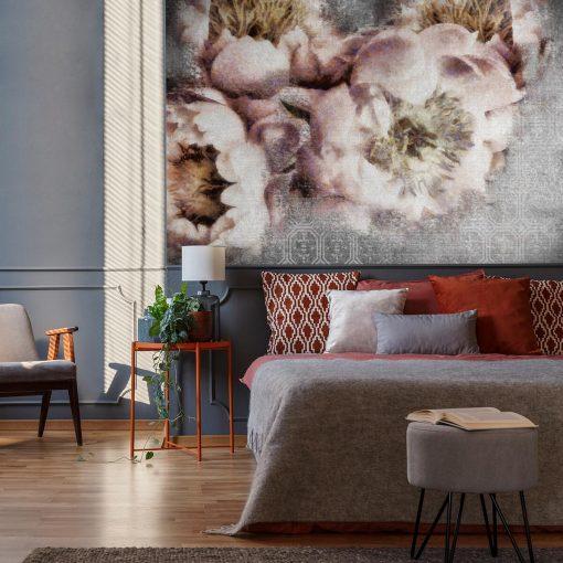 Botaniczna tapeta z kwiatami do sypialni