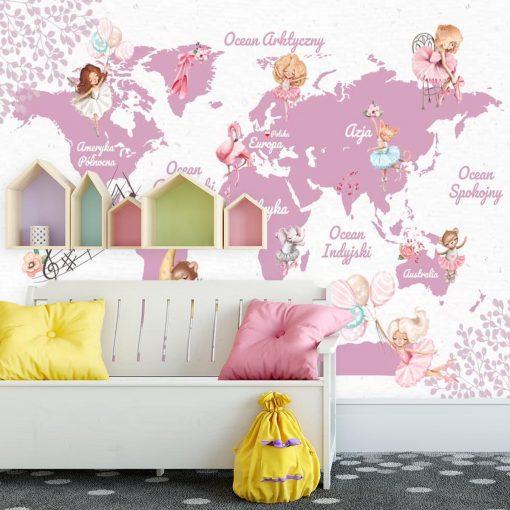 Różowa dekoracja na ścianę z mapą świata
