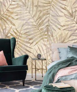 Beżowa fototapeta w palmowe liście do sypialni