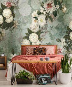Szara tapeta w kwiaty do sypialni